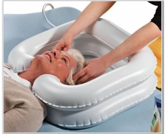 Надувной подголовник для мытья головы 61016